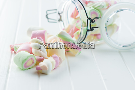 suesse bunte marshmallows