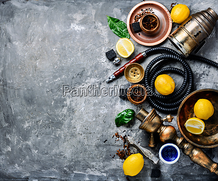 hookah with lemon
