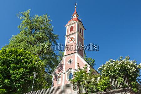 dorfkirche in suedtirol