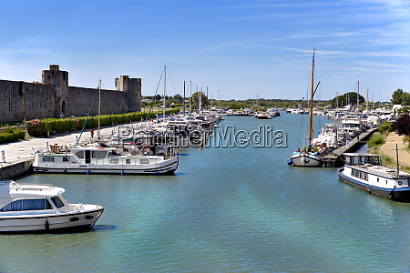 port of aigues mortes in france