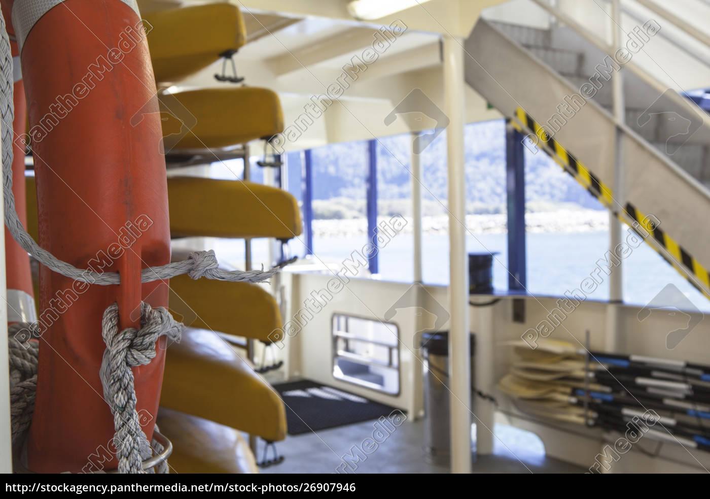 rettungsboote, und, rettungsring, auf, fähre - 26907946