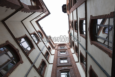 germany hamburg speicherstadt old warehouse courtyard