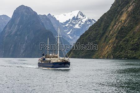 tourist boat at fiordland national park