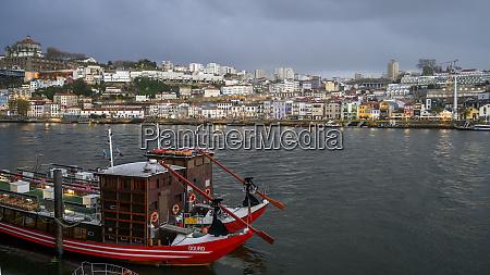 douro river mit blick auf die