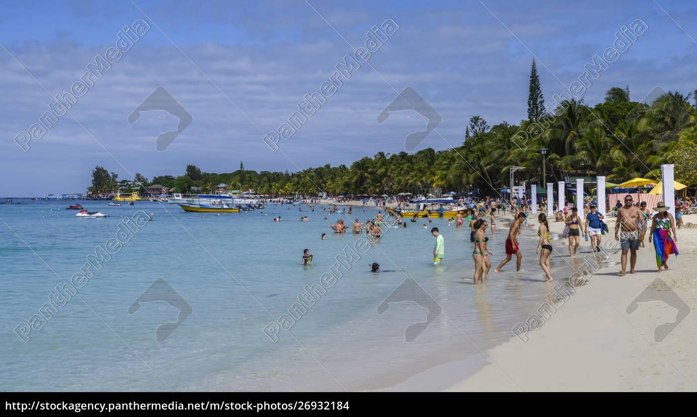touristen, am, west, bay, beach;, roatan, bay - 26932184