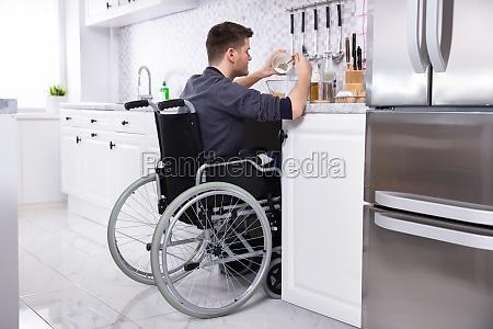 behinderte, menschen, bereiten, essen, in, küchen - 26938921