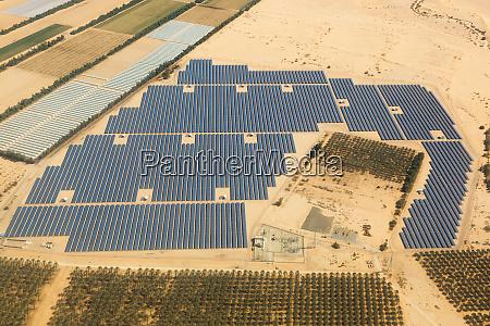 sonnenkollektoren bauernhof energie panel israel wueste