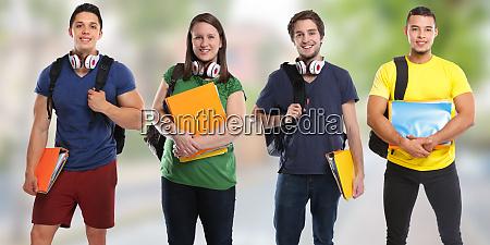 gruppe von studenten studieren bildung stadt