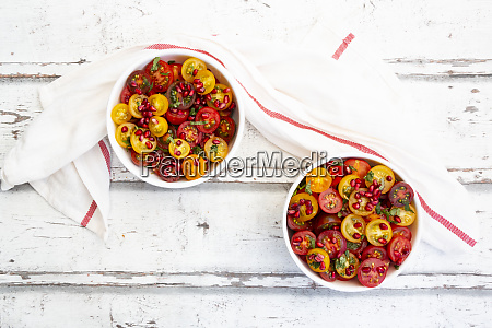 oriental tomato salad with pomegranate seeds