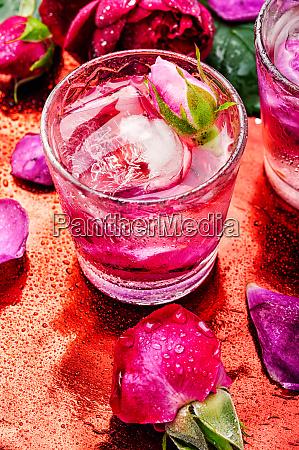 rose alkoholisches getraenk