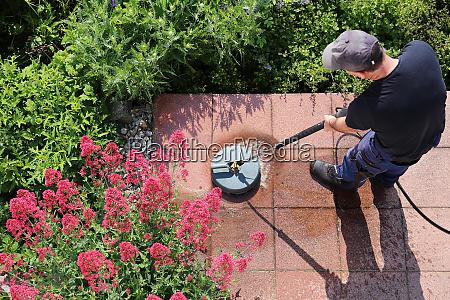 steinplatten mit dem hochdruckreiniger reinigen