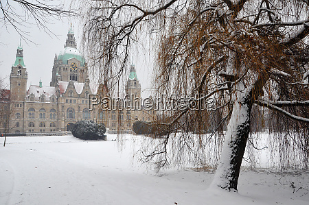 winter in hannover with new town
