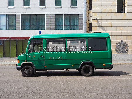 polizeiauto in berlin