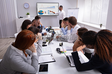 people tired of meeting in office