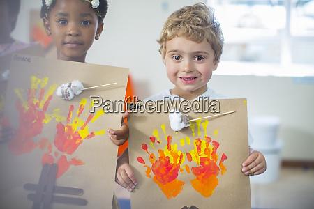 portraet laechelnder kinder die bilder von