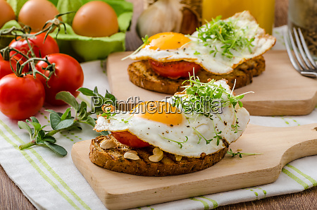 gesundes abendessen panini toast ei und