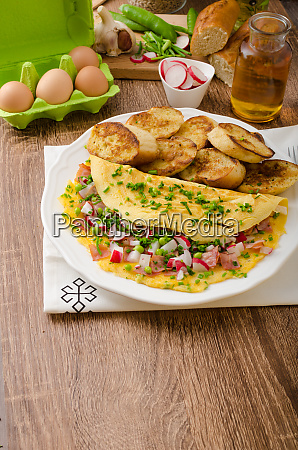 omelette with spring vegetables and bacon