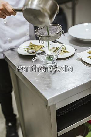 juniorköche, bereiten, ein, dessert, vor - 27116999