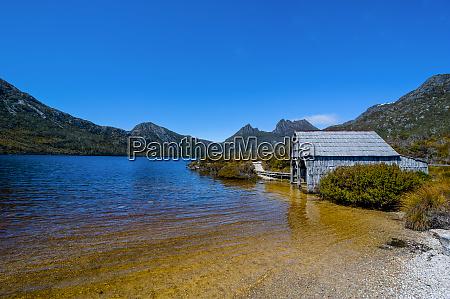 dove lake and cradle mountain tasmanien