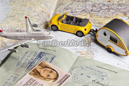 symbolfoto reisedokumente