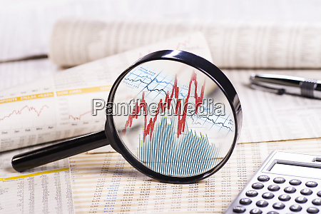 magnifier with stock prices