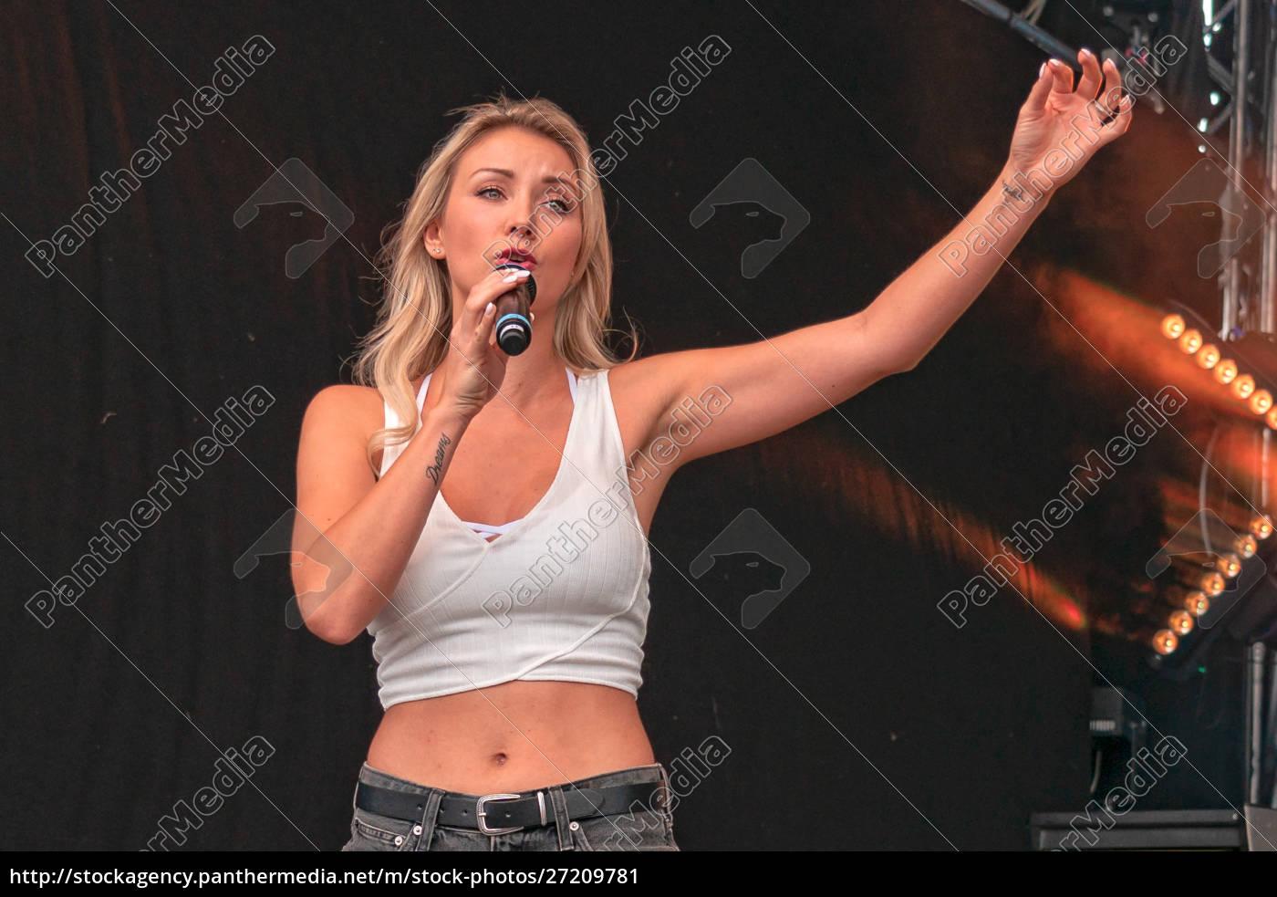 anna-carina, woitschack, at, schlager, olymp, 2019 - 27209781