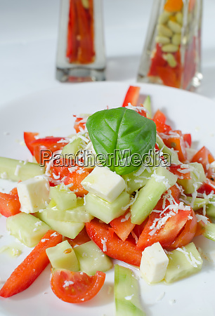 frischer, salat, mit, fetakäse - 27214498