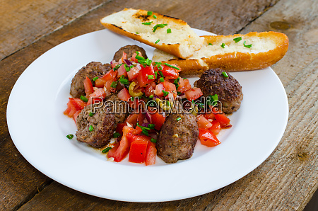 meatballs with spicy tomato salsa