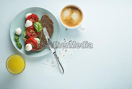 sandwich healthy breakfast