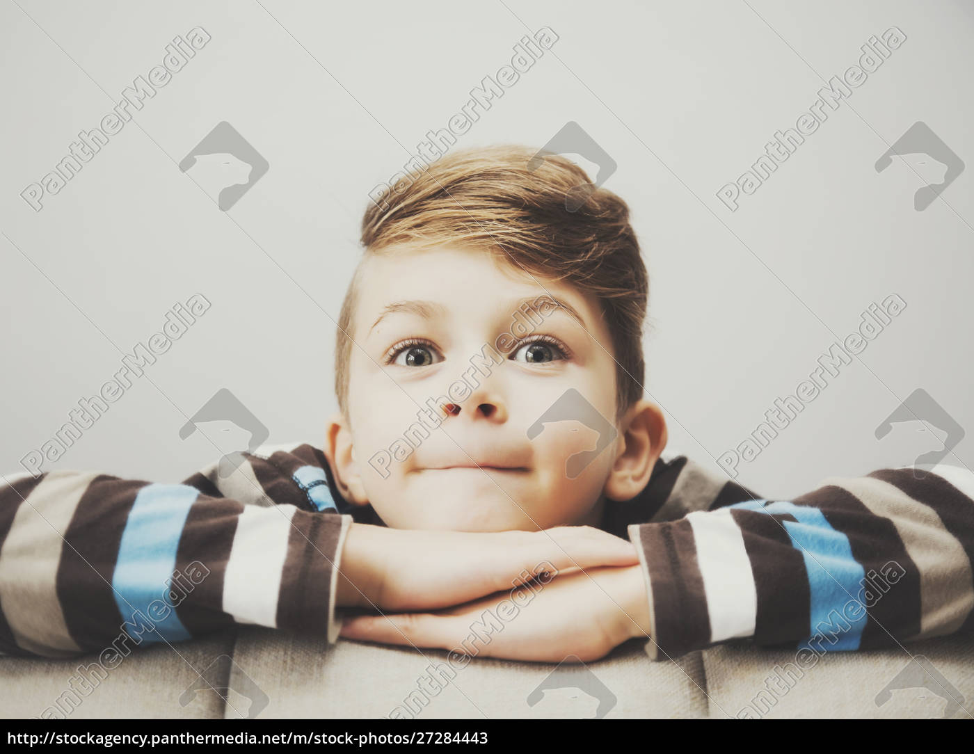 portrait, of, a, young, boy, looking - 27284443
