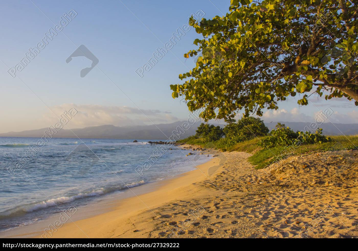 cuba., sancti, spiritus, province., trinidad., beach - 27329222