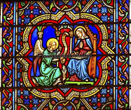 annunciation angel gabriel telling virgin mary