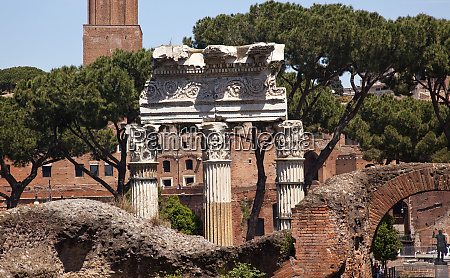forum of julius caesar trajan market