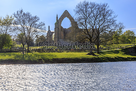 england north yorkshire wharfedale bolton abbey