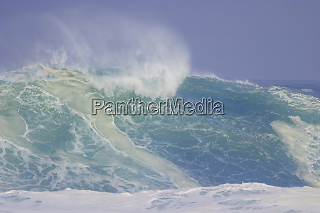 storm waves north shore oahu hawaii