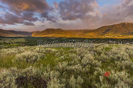 morning light greets red lodge montana