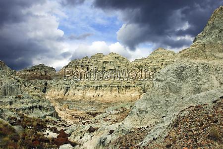 storm blue basin john day fossil
