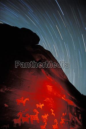 usa utah arches national park petroglyphs