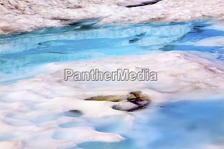 mount shuksan blue white snowy pool