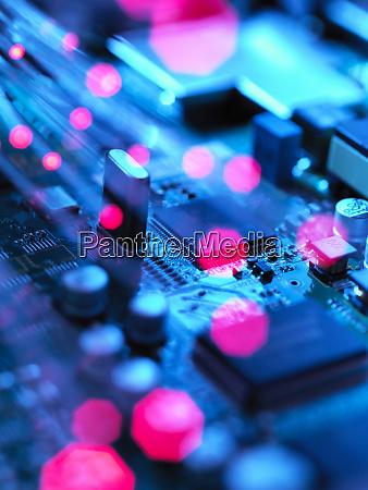 glasfasern die daten ueber elektronische leiterplatten