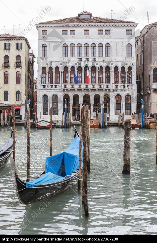 gondola, port, , venice, , italy - 27367230