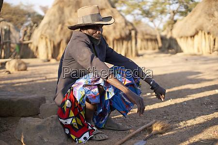 muhila stammeshaeuptling kehamba chibia angola