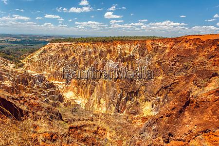ankarokaroka canyon ankarafantsika madagaskar