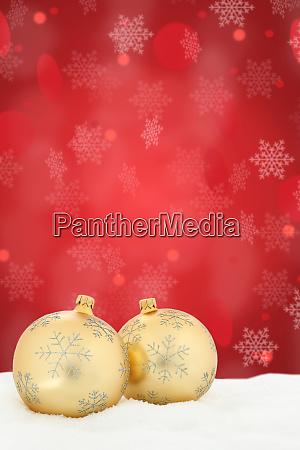 weihnachtskarte goldene kugeln kugeln rote dekoration