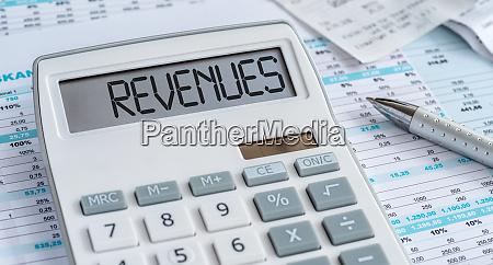 ein rechner mit dem wort revenues
