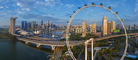 luftaufnahme des singapore flyer beobachtungsrades malaysia
