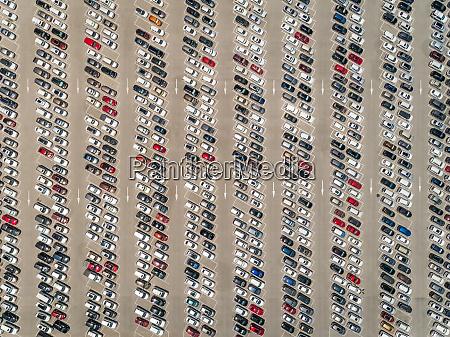luftbild ansicht von autos die vor