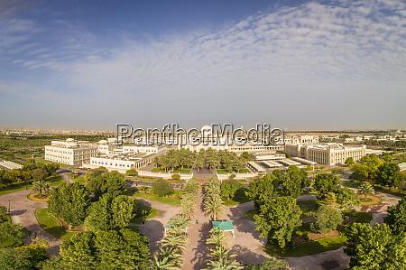 luftaufnahme der universitaetsstadt in sharjah vae