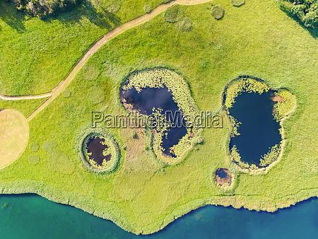 luftaufnahme von seen namens sarena jezera