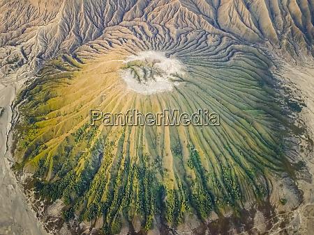 luftaufnahme des vulkans bromo